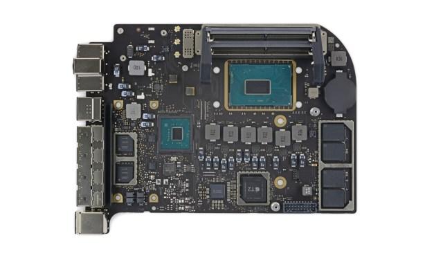 Mac mini rozebrany przez iFixit