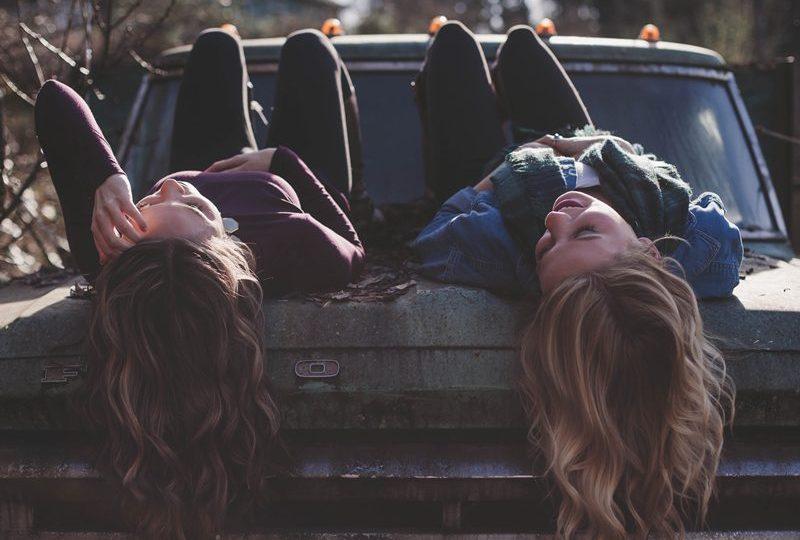curhat jomblo pacaran cerita cinta mahasiswa pasangan mojok.co