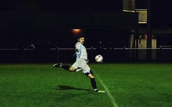 aparat sepak bola