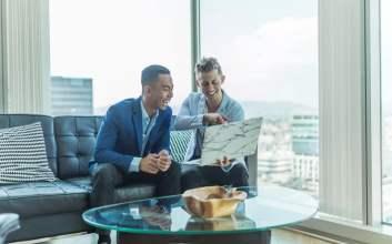 Tips Menggunakan Linkedin Biar Keliatan Profesional dan Dihire Orang