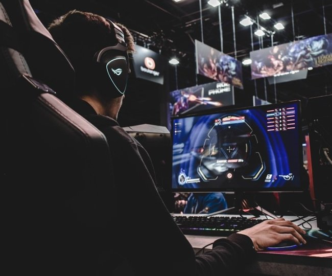 Para Gamer yang Mengintimidasi dan Merendahkan Orang Lain Ketika Bermain Game Itu Annoying Banget, sih!