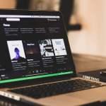 Fyi, Nggak Ada yang Peduli Sama Playlist Spotify Kamu!