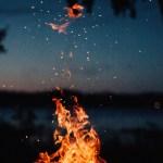 Yang Tidak Kita Sadari Soal Titik Api di Malam 1 Januari