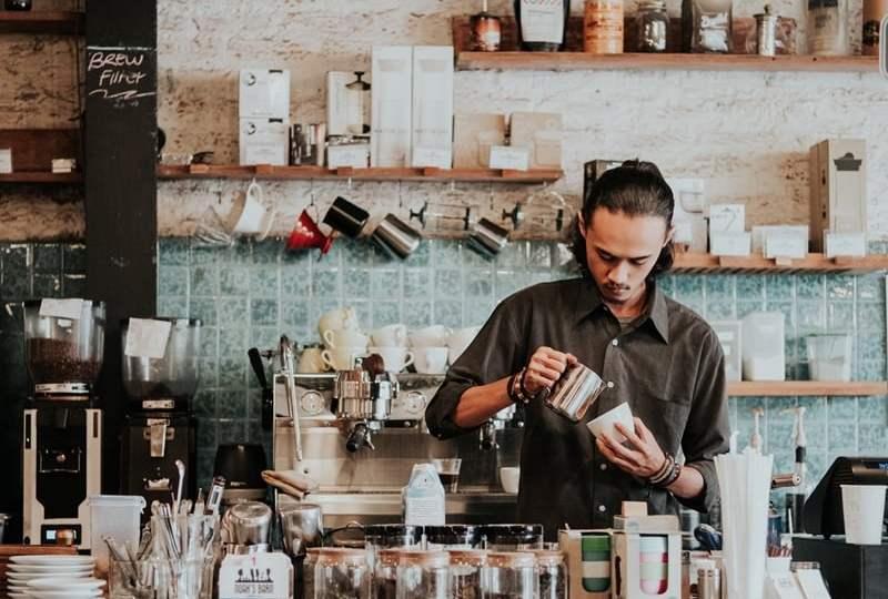 Posting di Coffee Shop Terus Abis Itu Makan Promag, Jangan Menyakiti Diri demi Konten!