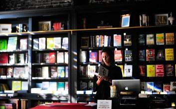 wisata jakarta, Dear Mas Kevin, Benarkah Toko Buku Bisa Ciptakan Pasar?