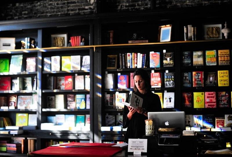 Dear Mas Kevin, Benarkah Toko Buku Bisa Ciptakan Pasar?