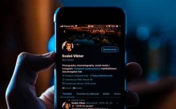 Kenikmatan Dunia Terwujud dalam Rebahan Sambil Twitteran