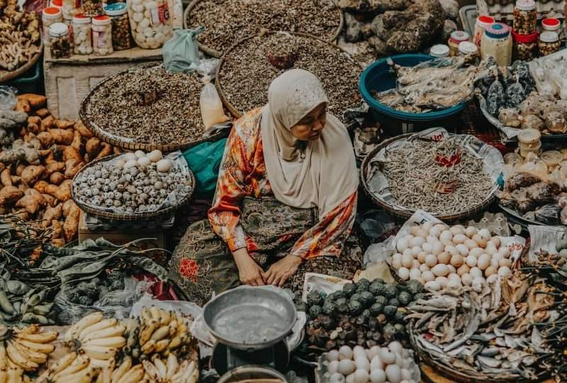 Tukang Sayur di Tengah Keterasingan dan Ketakutan Virus Corona