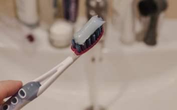 Menebak Karakter Seseorang dari Caranya Mengeluarkan Pasta Gigi
