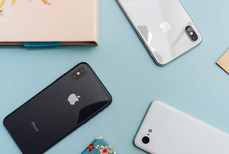 iphone second, dua hape orang indonesia bawa banyak hape Kami Sebagai Mahasiswa Bidikmisi Emang Nggak Pantas Punya Hape Iphone