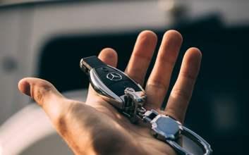 Mercedes-Benz C250 (W205) yang Paling Saya Benci: Sedan Mewah Rasa Toyota Soluna