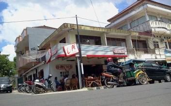 transaksi cod di warung kopi jual beli online cod facebook mojok.co