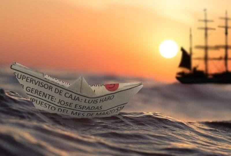 Busuknya Transportasi Laut Masa Lalu_ Pengalaman yang Hampir Membuat Saya Mati MOJOK.CO