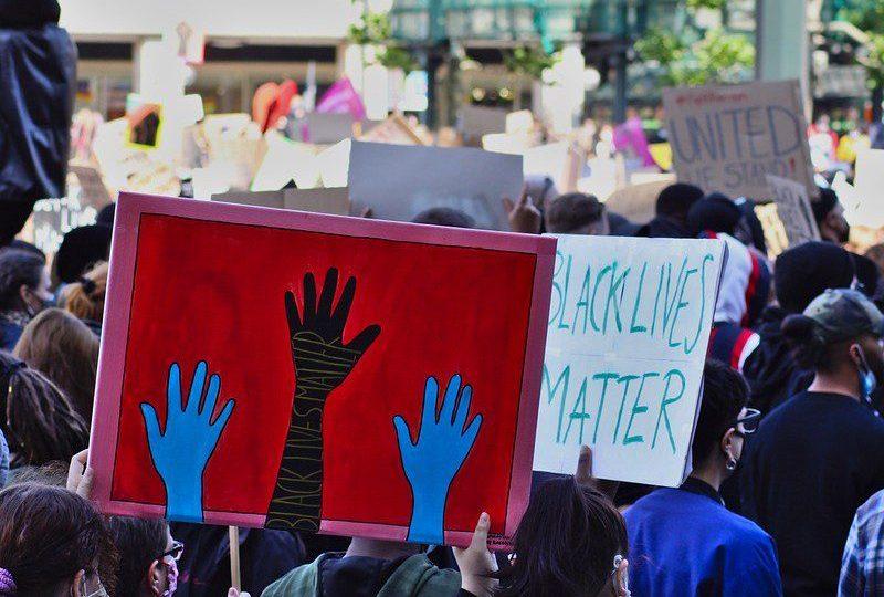#blacklivesmatter rasisme papua kyrie irving mojok