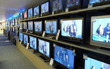 Balada Program Televisi yang Makin Hari Makin Berisik Saja terminal mojok.co