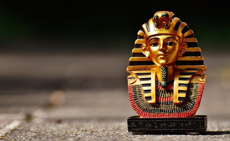 Firaun-Compulsive Disorder atau Beragama ala Kartini