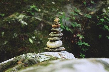 Batu pun Enggan Jadi Manusia
