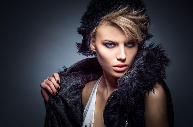 Gue Perempuan dan Gak Paham Esensi Beauty and Fashion Trends Ini