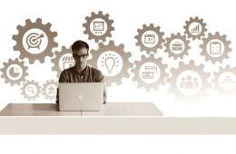 Menjadi Absurd Bersama Mahasiswa Entrepreneur Legendaris: Rusli Hariyanto
