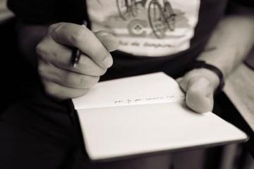 Selesaikan Kasus Freeport dengan Gaya Penulis Mojok