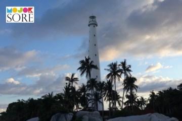 Para Penjaga Mercusuar di Pulau Terpencil