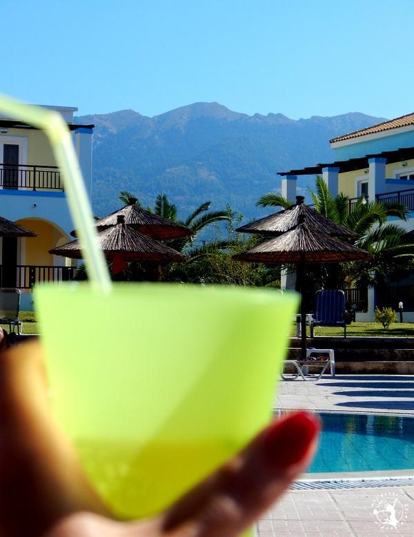 Mój Punkt Widzenia Blog - Hotel w Grecji, basen, drink i pełen odpoczynek