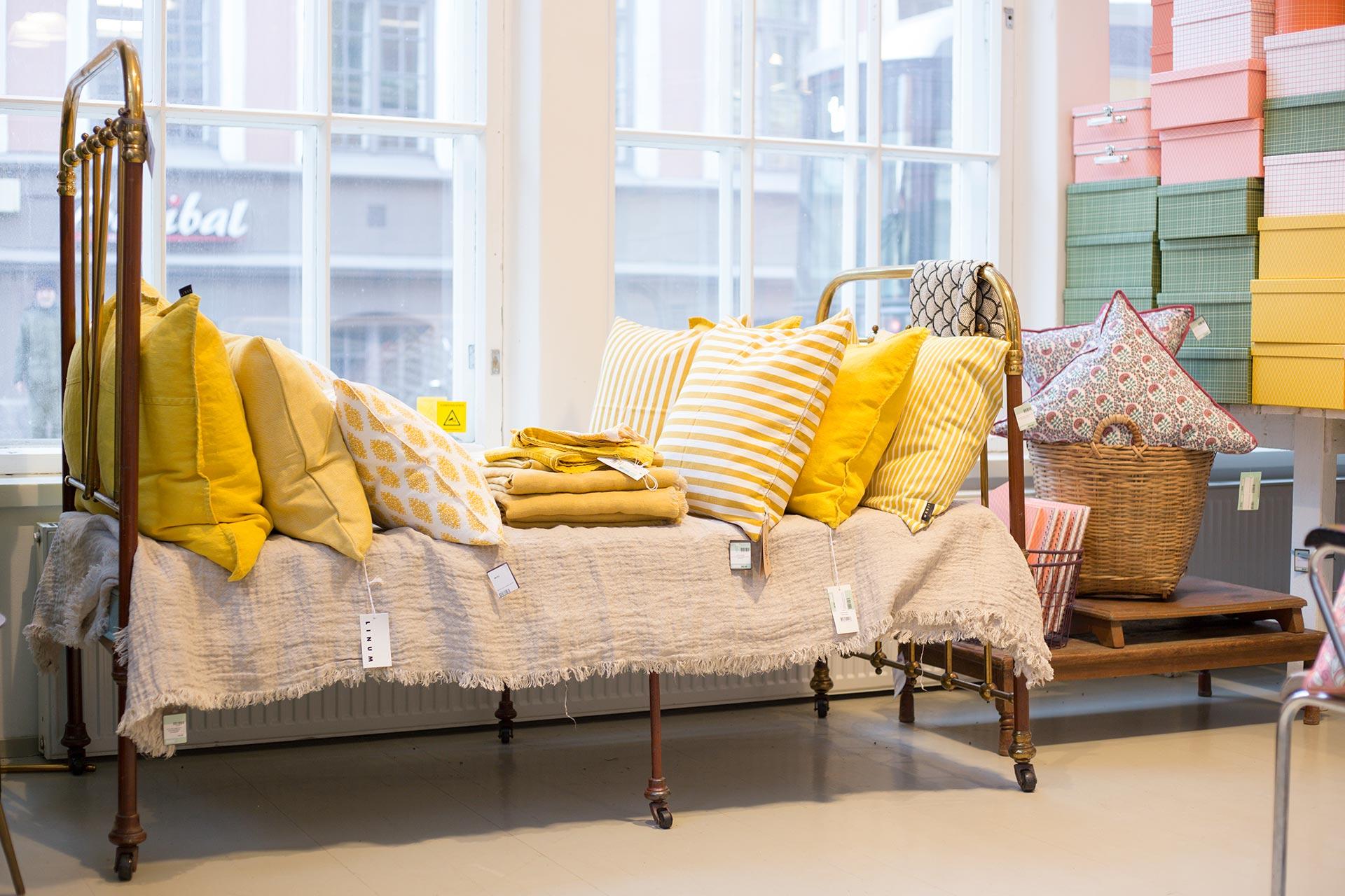 yellow furniture. Mellow Yellow Tuulia 2016-07-08T19:33:37+00:00 Furniture