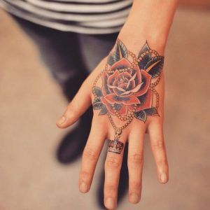 90 Mejores Tatuajes Para Mujeres Pequeños Bonitos Delicados