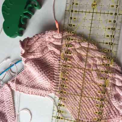 Medir raglan de chaqueta de tricot