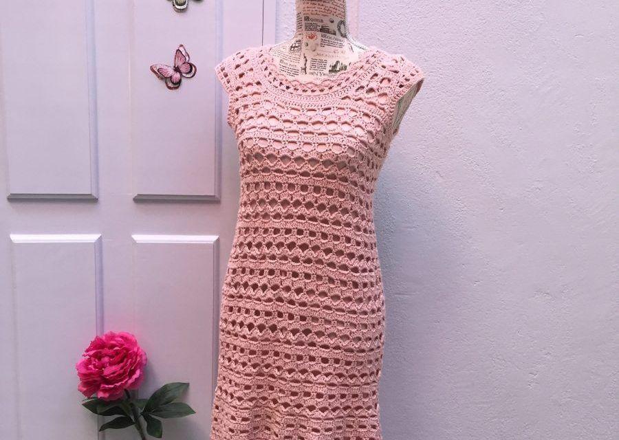 Vestido a crochet, Romántico en rosa