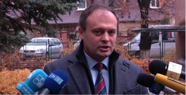 Andrian Candu speră ca viitorul președinte să fie apreciat de cetățeni. FOTO captură privesc.eu