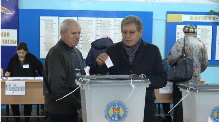 """Ghimpu vrea un președinte care să """"nu încurce"""". FOTO captură privesc.eu"""