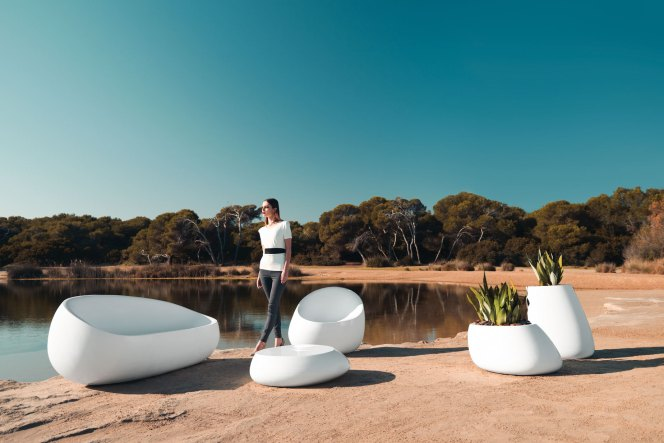 Stone, by Vondom-outdoor-molecule design