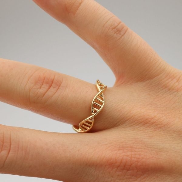 DNA Ring Gold Hand