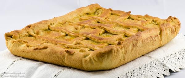 Empanada de Morcilla de Leon y Manzanas (1/2)