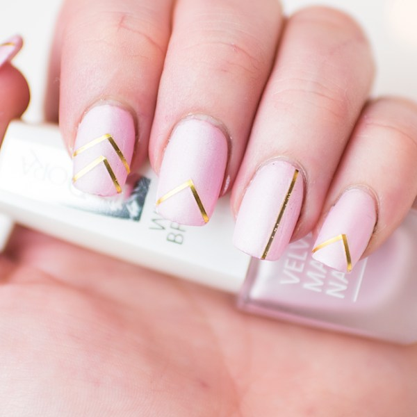 notd pink gold nail stripes