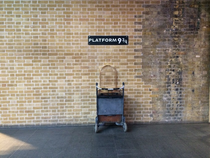 platform 9 3/4 in kings cross station london england