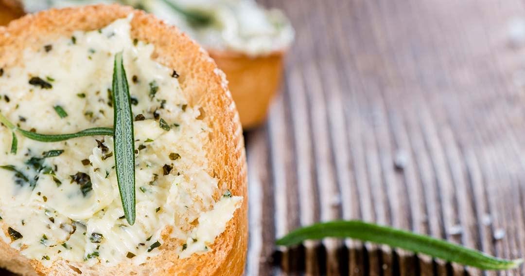 how to make garlic spread for garlic bread
