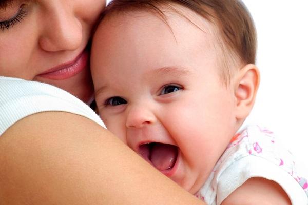 Молочница у грудничка на половых губах. Молочница у новорожденных девочек. Как проявляется молочница