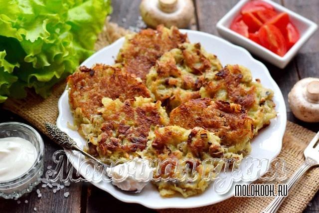 土豆蘑菇戴安娜加入鸡蛋