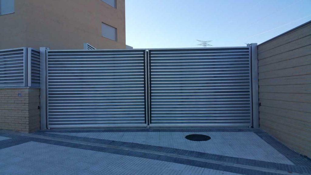Las 5 puertas de garaje autom ticas mas vendidas puertas - Precio puertas de garaje ...