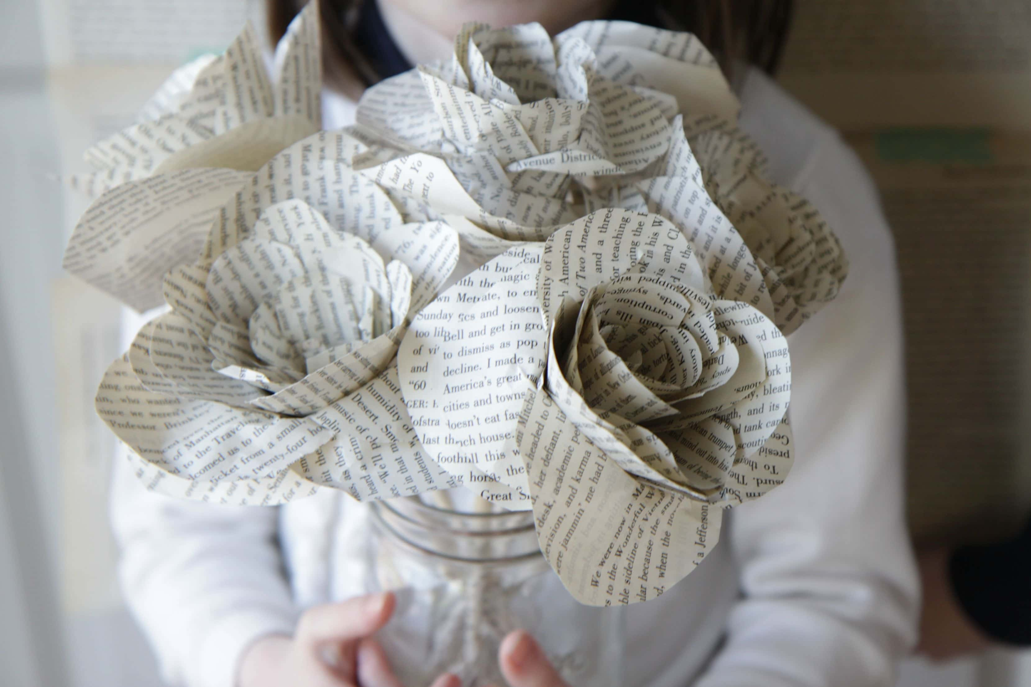 Watch old books and newspapers become 6 amazing diy projects youll paper flowers are so trendy right now and they look extra cute made from book pages get the full tutorial over on mom advice mightylinksfo