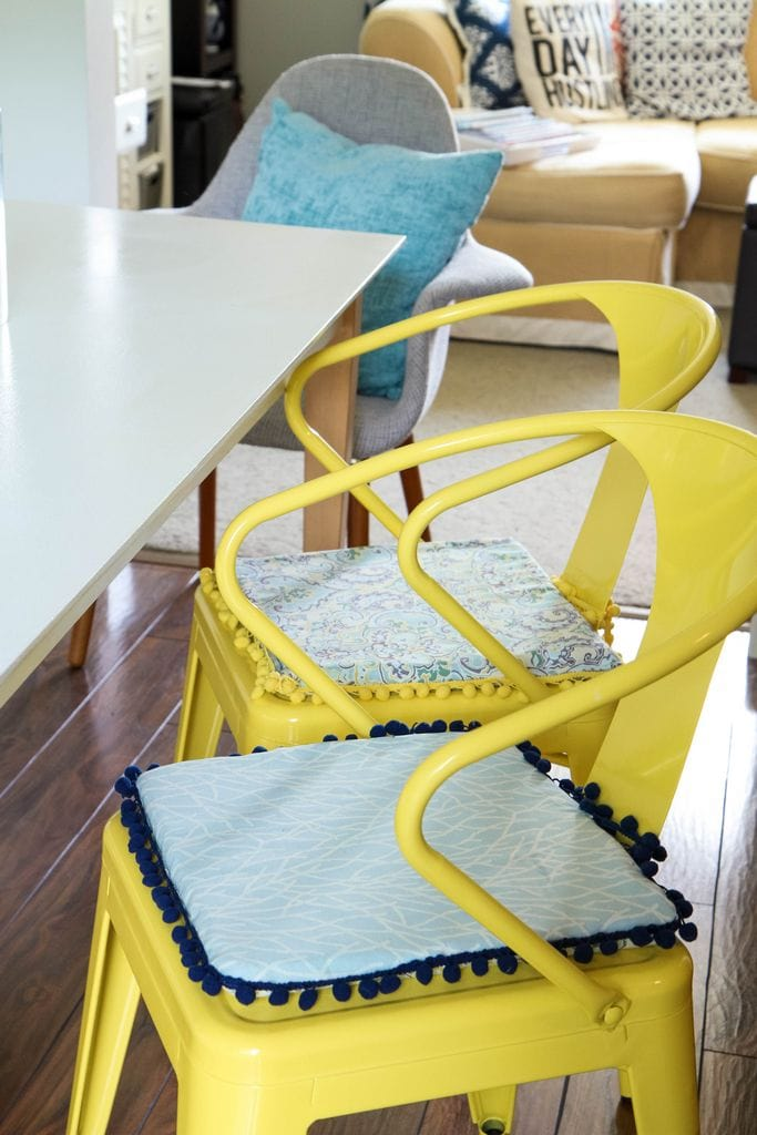 how to make chair cushions for kitchen chairs jake the pirate diy no-sew reversible - momadvice