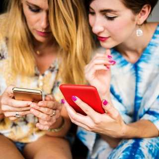 apps to make mom friends