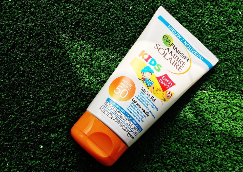 Ambre Solaire Kids wet skin milk