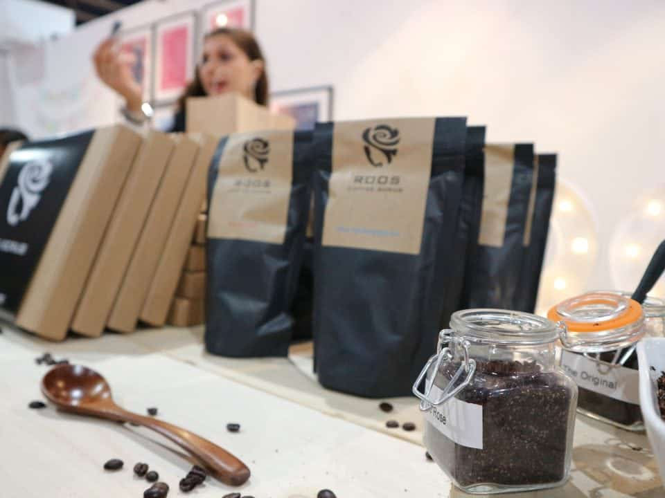 koffie scrub roos cosmetics momambition