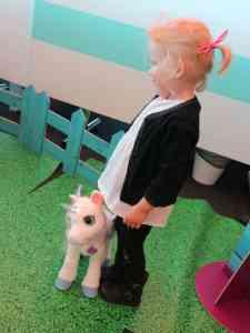 pieten pakhuis hasbro play doh my little pony star wars mamablog