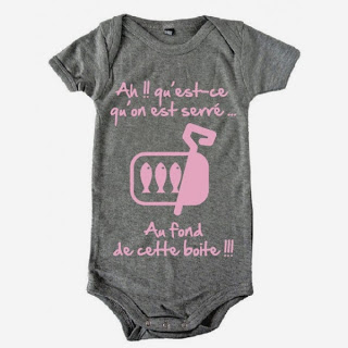 http://www.esprit-rugby.fr/vetements-rugby-bebes-bodys-bebe-bavoirs-bebe-bebe-rugby/2658-body-bebe-3eme-mi-temps-humour-sardines-gris-rose.html