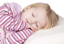 when can a toddler use a pillow