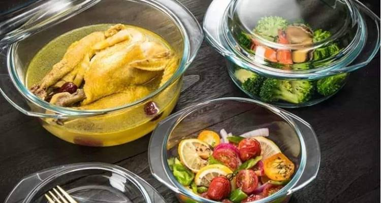 Redberry 3 Pcs Casseroles With Clear Glass Lids. (0.7 Ltr, 1 Ltr and 1.5 Ltr)